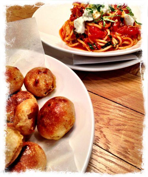 Ask Italian - Spaghetti Al Pomodoro