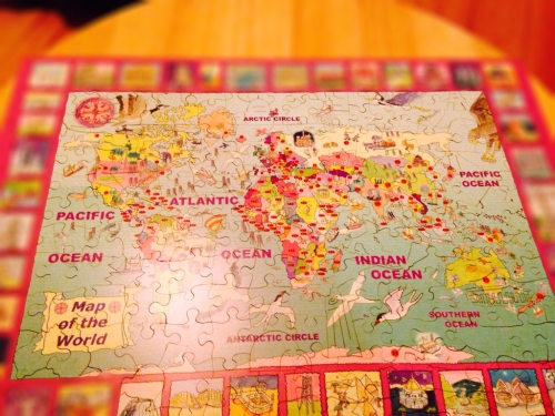 Map of world wooden jigsaw puzzle