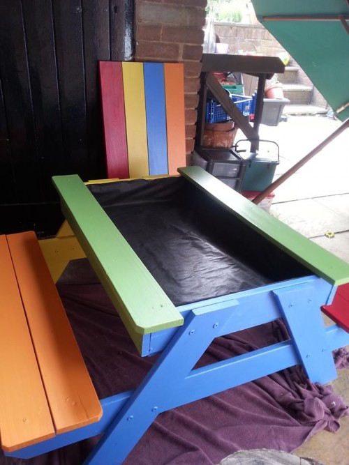 Potting table made from recycled picnic table
